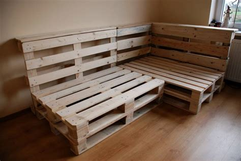 pallet sectional sofa pallet sectional sofa diy and crafts