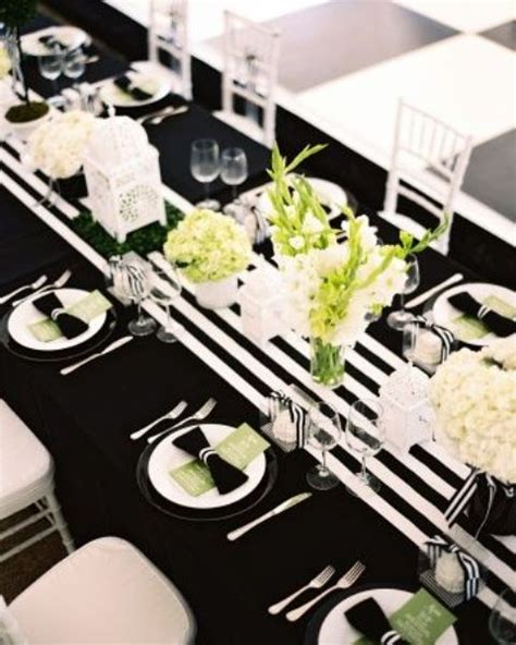 black and white decorations 26 black and white thanksgiving d 233 cor ideas digsdigs