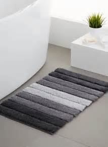 mats rugs shop bath rugs bath mats in canada simons