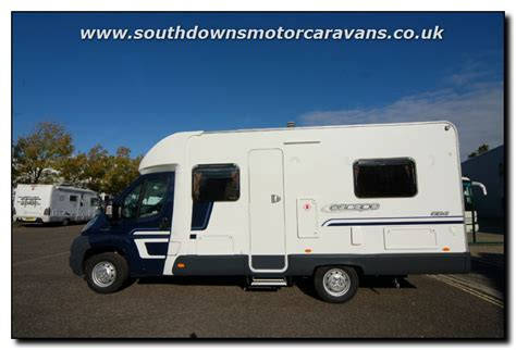 Southdowns   New Swift Escape 664 Low Line Motorhome N1922 7/55 Photo Gallery