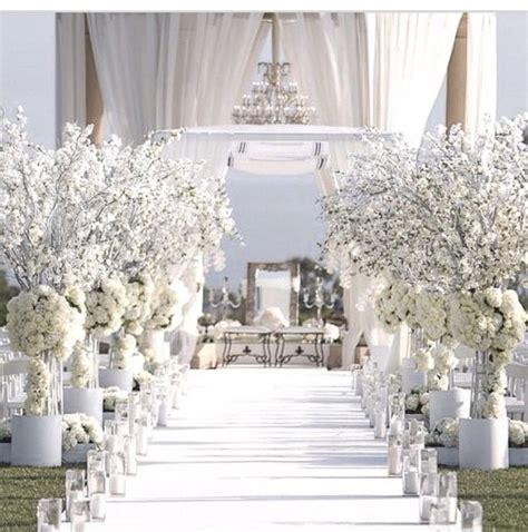 white wedding decoration ideas 25 best ideas about white wedding decorations on
