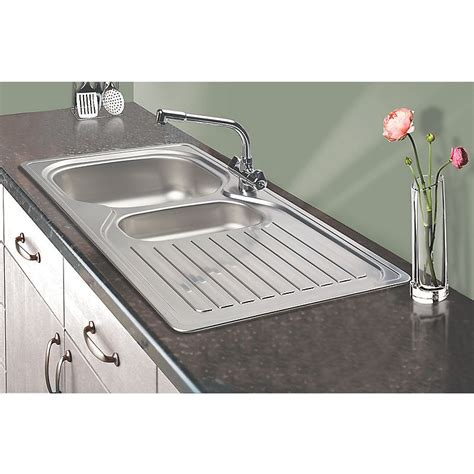 cheap kitchen sinks and taps kitchen sinks and taps direct 11695