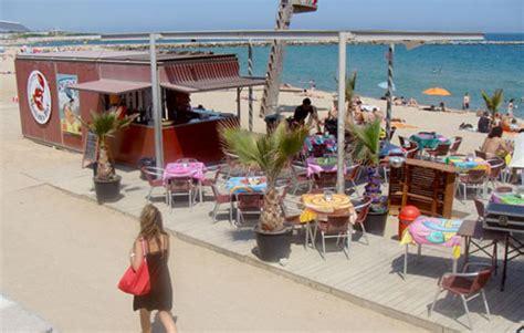 apartamentos el cello i chiringuitos in spiaggia a barcellona