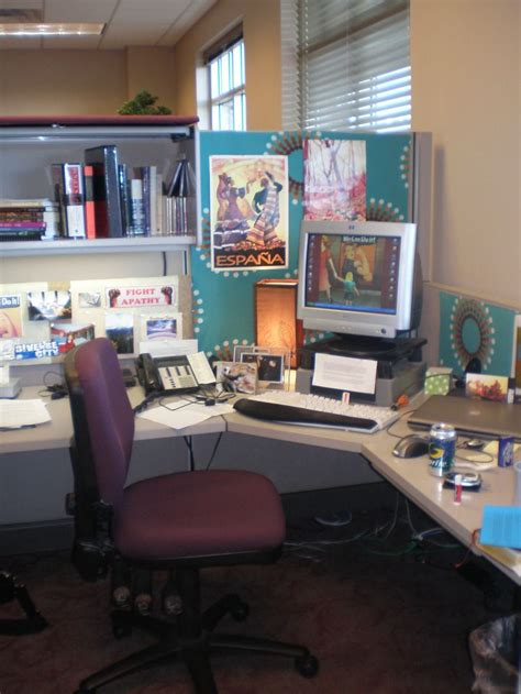 office desk decoration ideas 20 cubicle decor ideas to make your office style work as