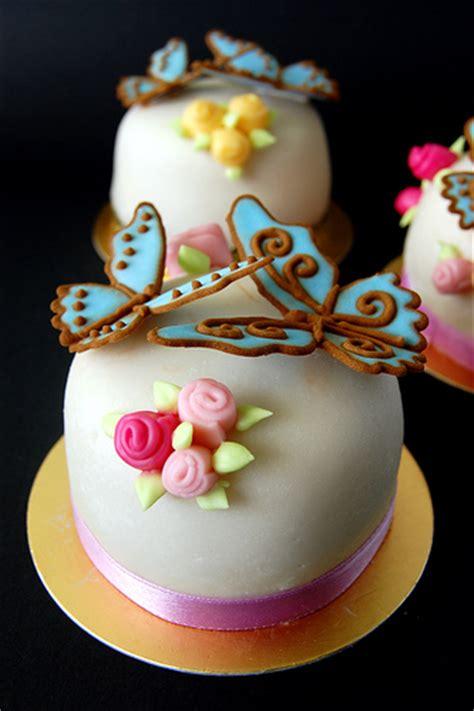 sugar for cakes miniature sugar paste cakes 3 quot across 2 quot