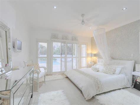 white bedroom interior design meu estilo uma casa toda branca
