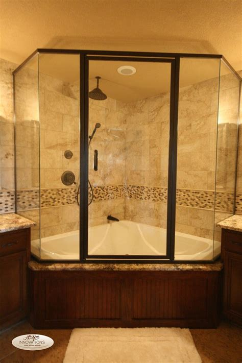 tubs and showers for small bathrooms best 25 tub shower combo ideas on shower bath