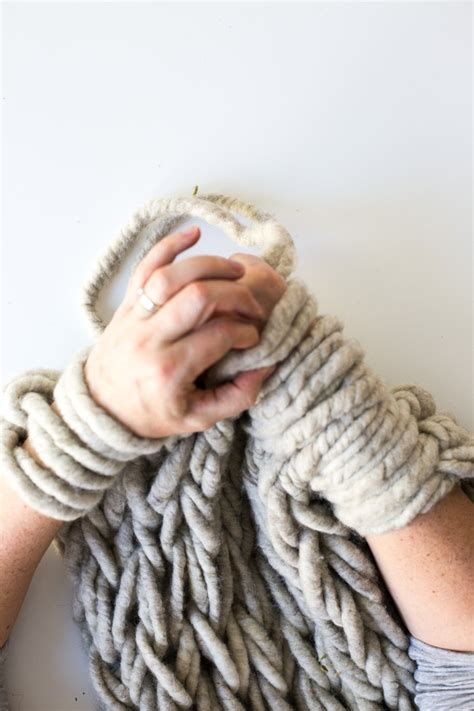 what size yarn for arm knitting six ways to make your arm knitting tighter flax twine