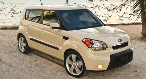 books about how cars work 2010 kia soul windshield wipe control kia recalling 2010 soul and 2011 sorento for electrical issues carscoops