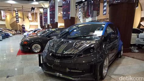 Berita Modifikasi Mobil by Adu Keren Modifikasi Mobil Mulai Digelar Di Surabaya