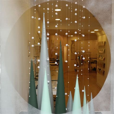 window tree with lights 25 best ideas about window display on