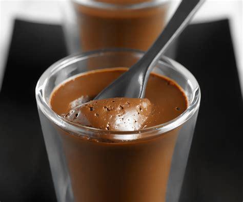 pots de cr 232 me au chocolat recette facile et gourmande