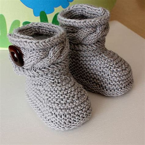 knitted sneakers pattern best 25 knit baby shoes ideas on knitted baby