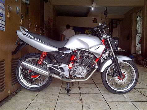 Modifikasi Motor Tiger by Modifikasi Honda Tiger 2000 Touring Thecitycyclist