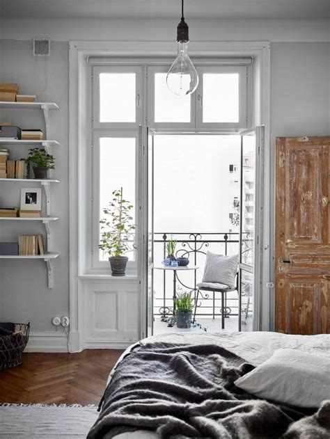 bedroom window ideas 25 best ideas about bedroom windows on master