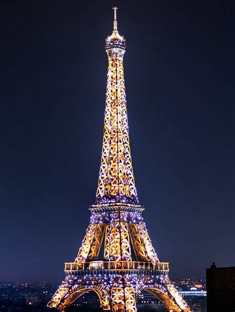 home of the eifell tower stunning view of eiffel tower from their
