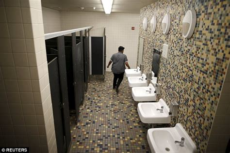 Gender Neutral Bathrooms In Schools by La S Santee Education Complex Becomes High School To