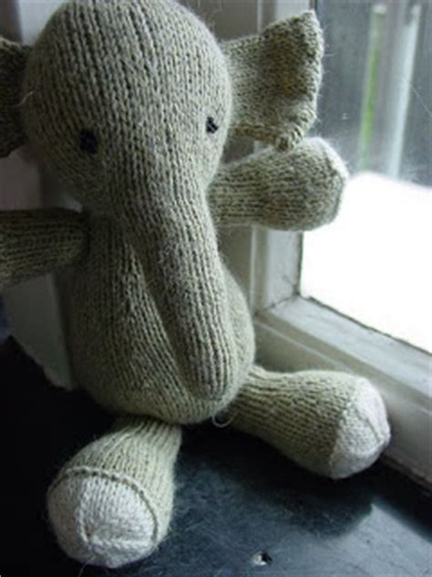 how to knit a stuffed animal craft attic resources knit amigurumi and stuffed animals