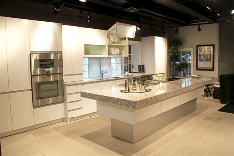 kitchen showroom design sag harbor kitchen showroom at kitchen designs by ken
