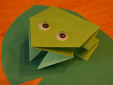 easy frog origami origami maniacs easy origami frog for