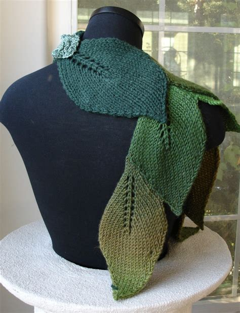 leaf scarf knitting pattern pdf for suzanne sullivan knit leaf scarf pattern scarf