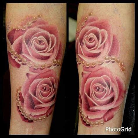 suzy homefaker beautiful realistic rose tattoo s