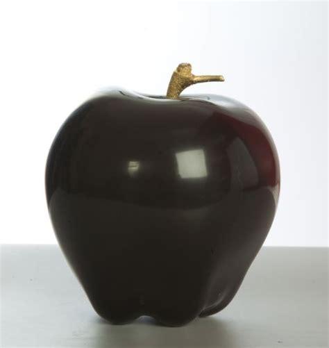 apple black wood pigments outsize big large