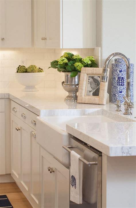 quartz kitchen countertop ideas best 25 quartz kitchen countertops ideas on quartz countertops kitchen quartz