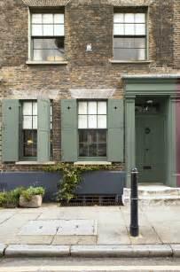 exterior woodwork paint exterior woodwork and door painted in farrow green