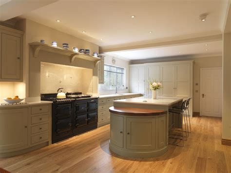 traditional kitchens traditional country kitchen ranges aga flue and rangehood