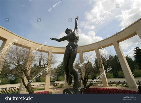 normandy memorial statue is quot the sprit of