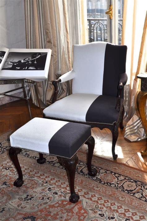 r 233 novation de fauteuils de style et design atelier secrea