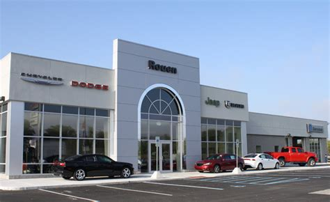 Chrysler Dealer by Fca Dealer Employees Get Free College Tuition 187 Autoguide
