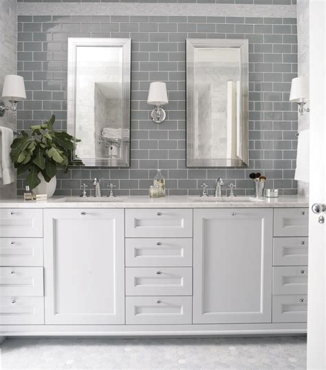 subway tile designs for bathrooms 26 amazing pictures of traditional bathroom tile design ideas