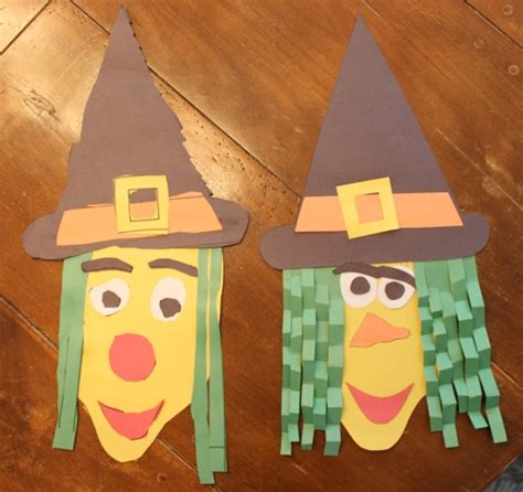 easy crafts to do with construction paper easy craft construction paper witch go west