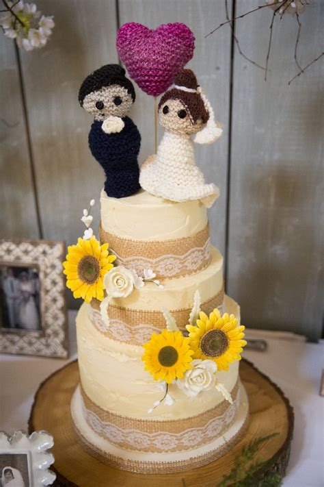 knitted wedding cake toppers 12 incredibly personalised cake toppers weddingsonline