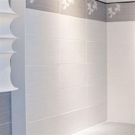 Large White Tiles For Bathroom by 9x18 Quot Wall Tiles Stacked Walls Need To Be In