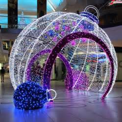 tree with big lights outdoor decorative big led light balls outdoor