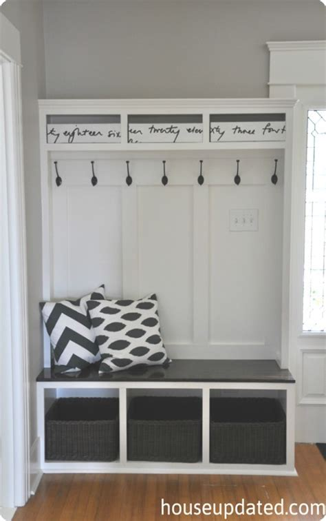 entry way storage built in mudroom lockers and bench