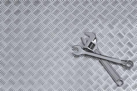 Car Mechanic Wallpaper by Auto Mechanic Wallpaper Related Keywords Auto Mechanic