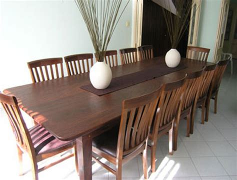 dining room tables seat 12