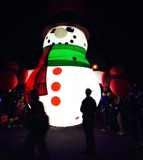 illuminated snowman illuminated snowman parade balloon next generation