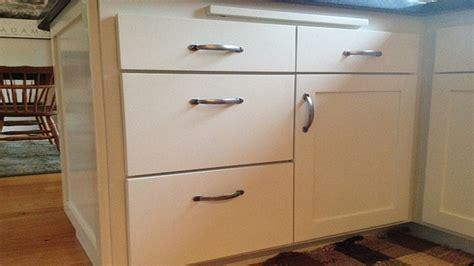 kitchen cabinet hardware placement kitchen cabinets hardware kitchen cabinet hardware