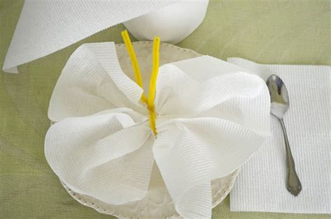 paper towel origami paper towels and tissue origami with a 4 vudu