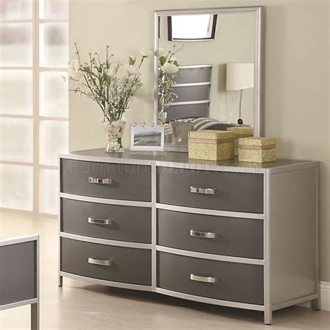 two tone bedroom furniture two tone finish modern kid s bedroom w optional casegoods