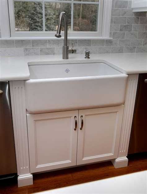 shaw kitchen sinks shaw kitchen sinks shaws farmhouse sink rohl midcentury