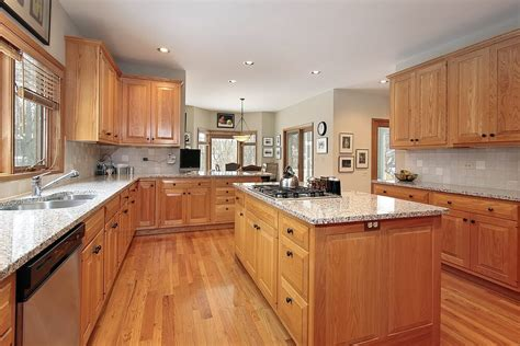 and light kitchen cabinets 43 quot new and spacious quot light wood custom kitchen designs