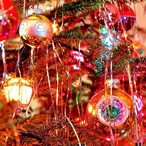 can you still buy tinsel 5 things you might not about tinsel