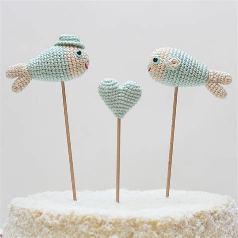 knitted wedding cake toppers wedding cake with knitted fish topper wedding cakes