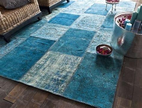 tapis bleu patchwork maclou d 233 co contemporaine saints et patchwork